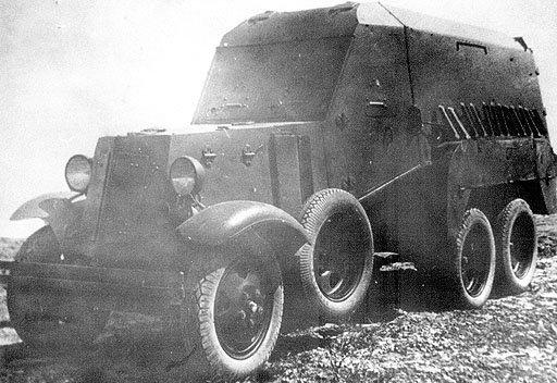 Советский БТР и санитарно-транспортная машина БА-22